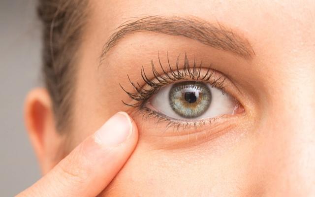 a treia pierdere în greutate a ochilor scădere în greutate datorată demenței